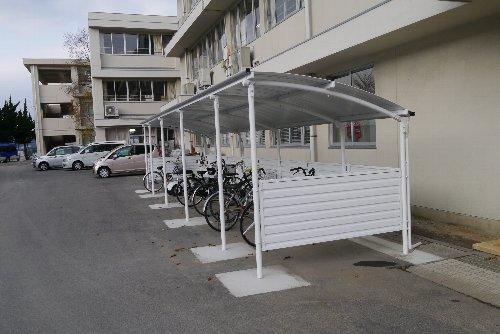 新しくなった自転車置き場