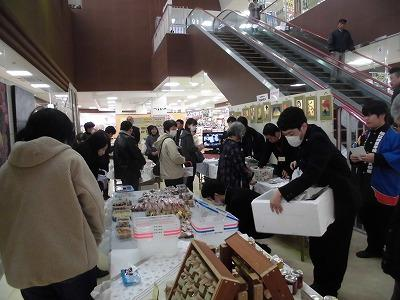 販売活動の様子 商品の陳列